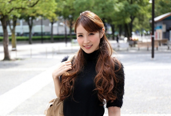 美月レイア 美月恋 画像 01