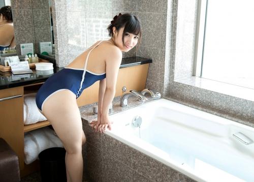 栄川乃亜 66
