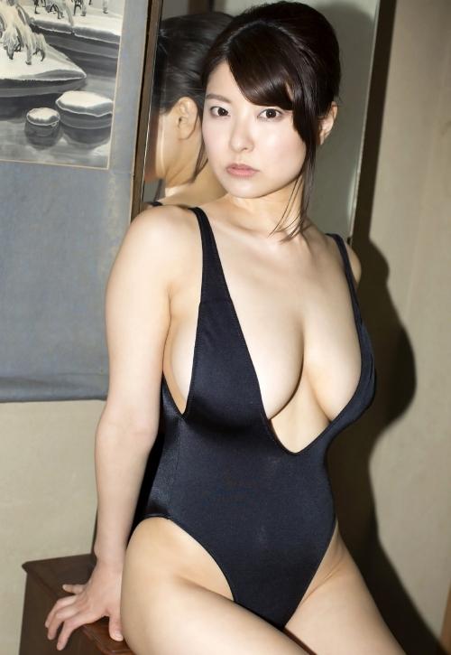 花井美理 33