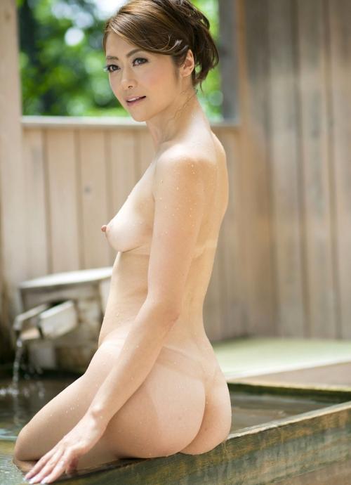 北条麻妃 32