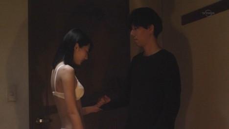 武田玲奈のお尻の割れ目が透けてる純白下着姿 147-4