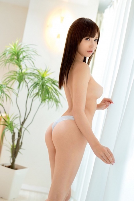 【新作】新人 プレステージ専属デビュー 吉川蓮 1