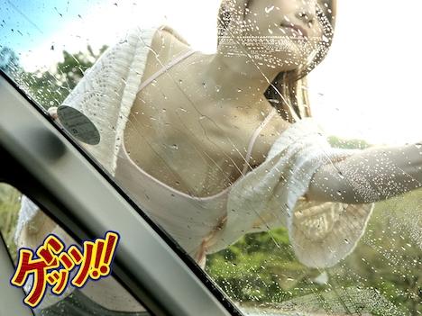 一緒に洗車に来たツレの彼女がまさかのノーブラ!僕のエロ視線で羞恥興奮した彼女の乳首が超ビンビンなので… 桃瀬ゆり