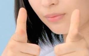 【画像】狙い撃つ広瀬すずちゃんがいくらなんでも可愛すぎるwwwwwwwwwwww