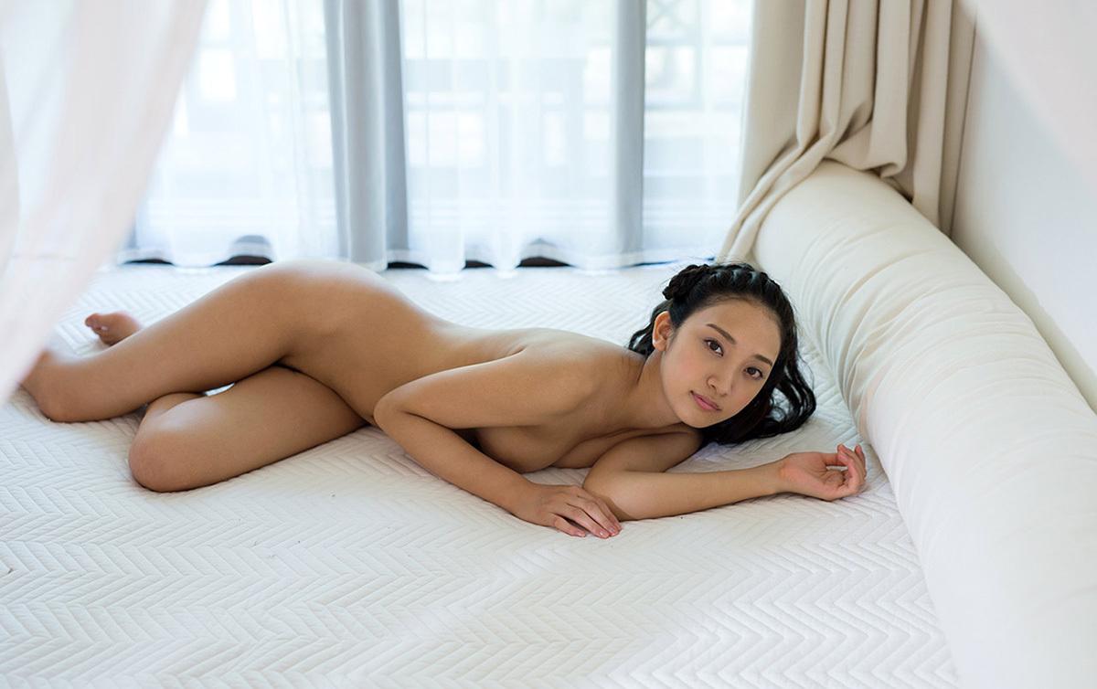 【No.32689】 Nude / 辻本杏