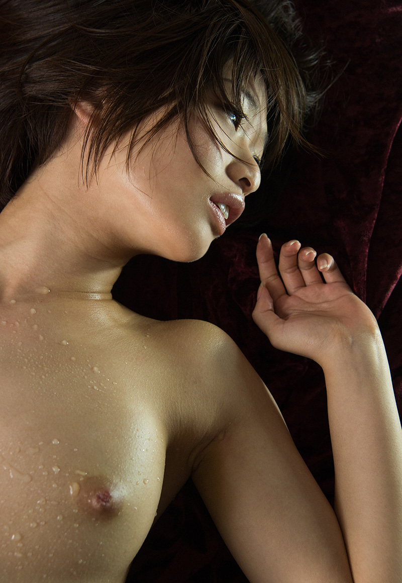 【No.32703】 濡れる / 川上奈々美