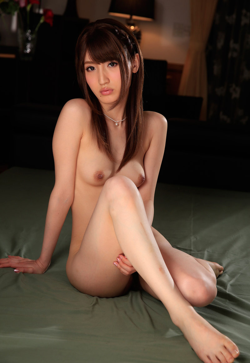 【No.32989】 Nude / 愛沢かりん