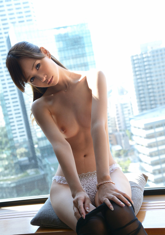 【No.33399】 Nude / 橋本涼