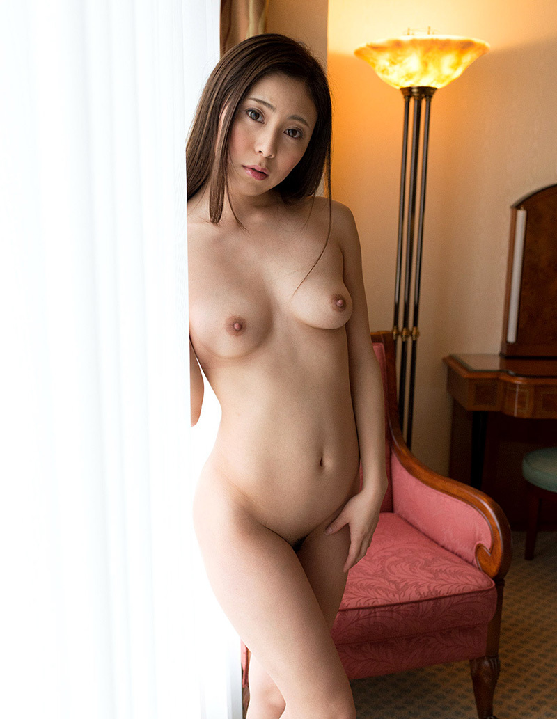 【No.33550】 オールヌード / 仁美まどか
