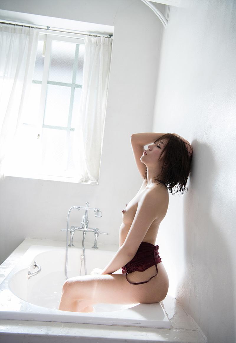 【No.33909】 横顔 / 翼