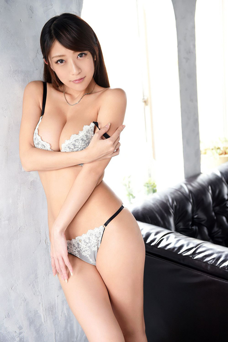 【No.34992】 谷間 / 香椎りあ
