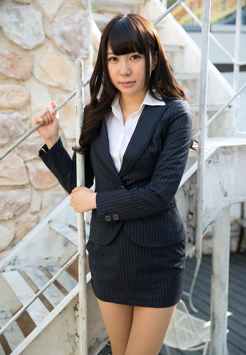 【No.35363】 スーツ / 逢坂はるな