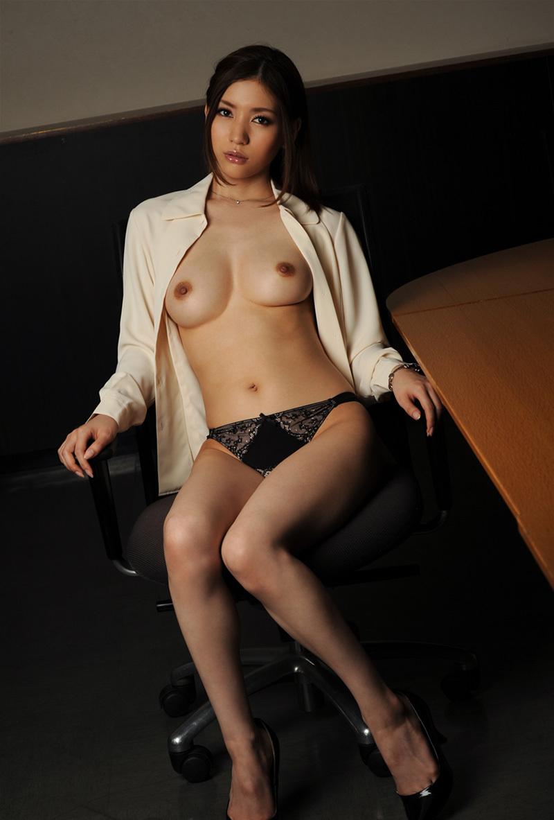 【No.35589】 Nude / 芦名ユリア