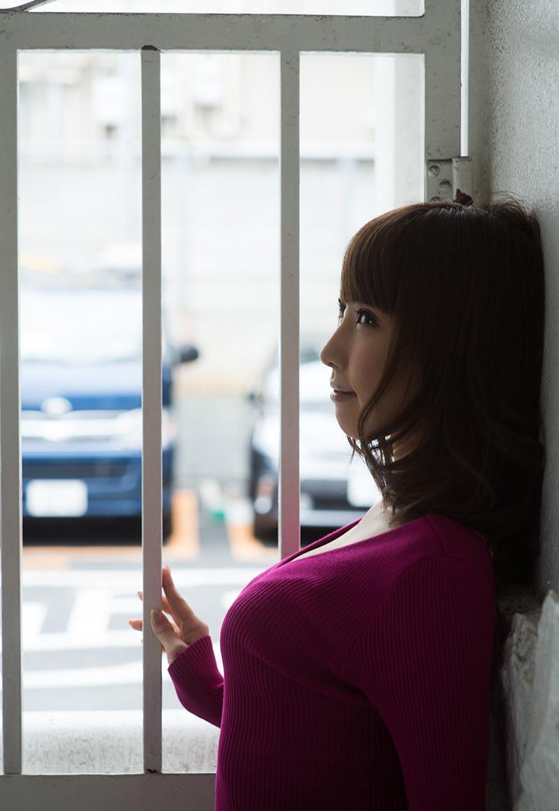 【No.36125】 横顔 / あやみ旬果