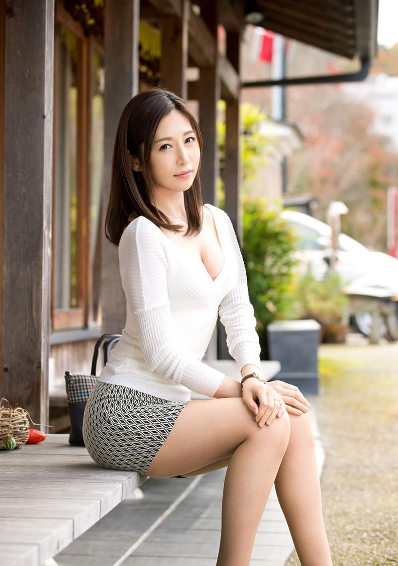【No.36215】 綺麗なお姉さん / 佐々木あき