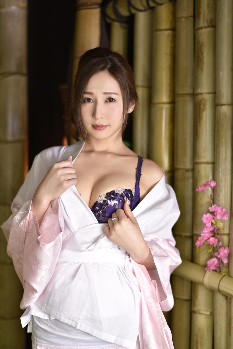 【No.36251】 誘惑 / 佐々木あき