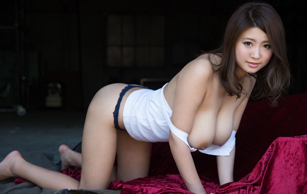 【No.36525】 四つん這い / 深田ナナ