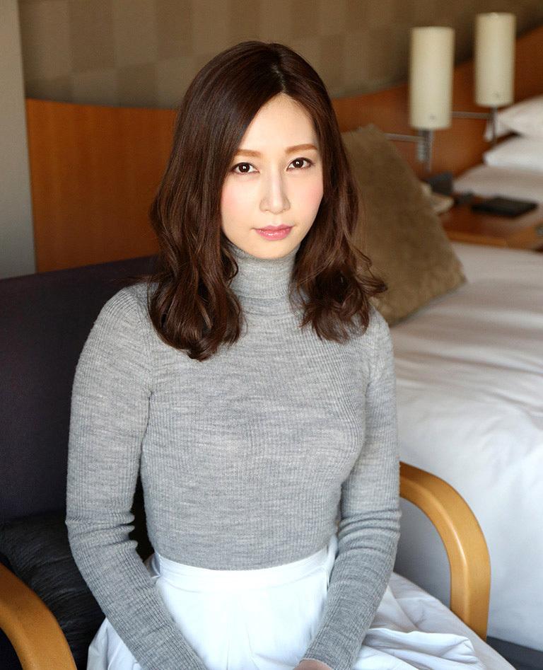 【No.36587】 綺麗なお姉さん / 佐々木あき