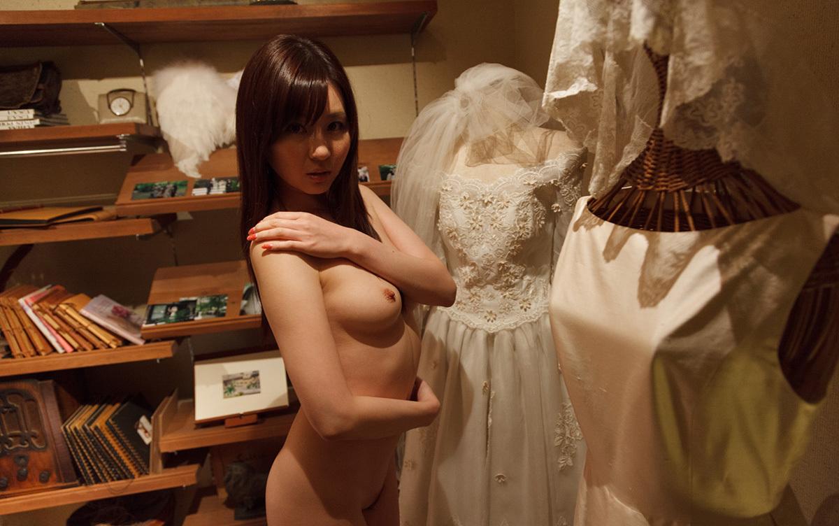 【No.36699】 Nude / 辰巳ゆい
