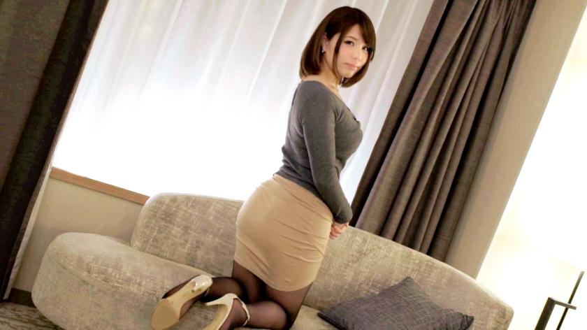 こういう綺麗めなファッションの女の上着をおっぱいの上まで捲り上げて巨乳丸出しSEXするのほんと好きwwwwww
