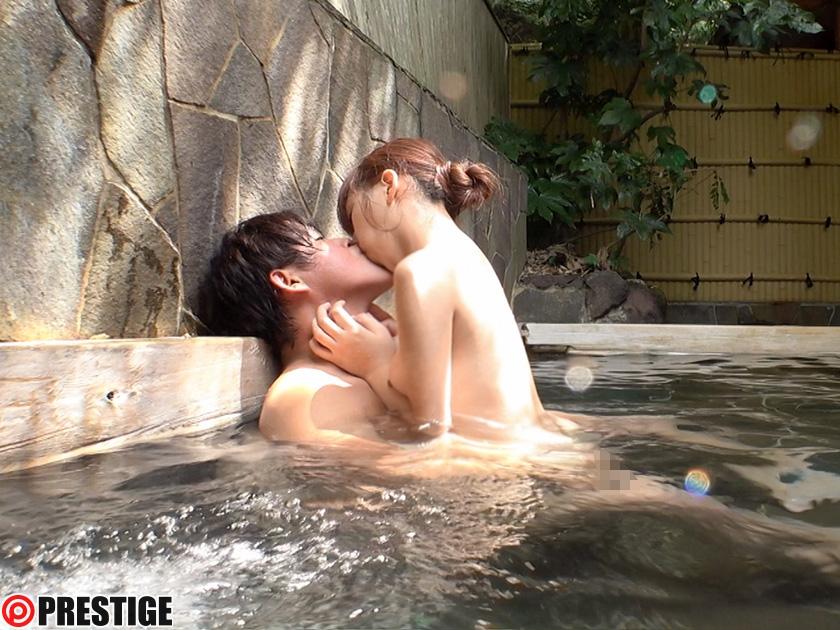 11月の温泉デートはエロい事満載wwww可能な奴は女の子を誘って温泉にいってセクロスしまくれるwwwwww