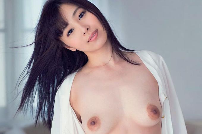 小川桃果 Fカップ美乳の名門高校元教師のHな特別講義!!
