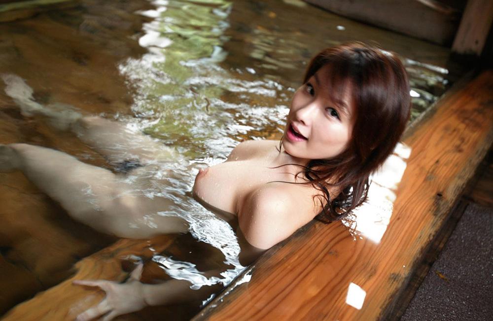 温泉 エロ画像 61