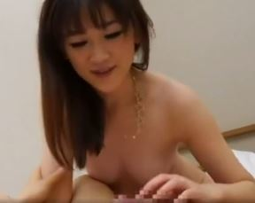 【人妻動画】(ネトられヒトヅマ)SEXレスの奥さんがイケメン君に口説かれてラブラブウワキ
