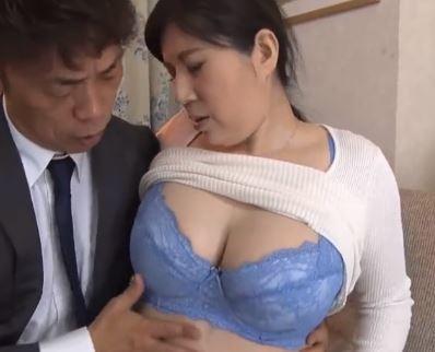 (ヒトヅマムービー)痴ジョおばさん 男の精力剤を飲んで性欲が止まらずオチンチンを漁りまくる強欲ヒトヅマ