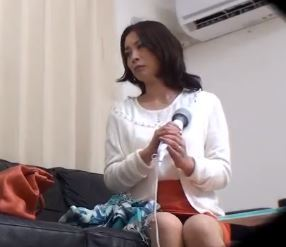 (ヒトヅマムービー)(おくさまキャッチ)一般の熟妻さんは欲求が不満な事が発覚した生々しい映像