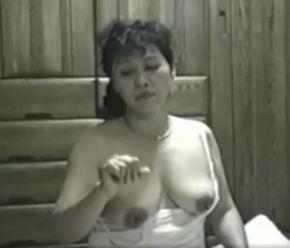 (ヒトヅマムービー)《個撮》激レア☆50代おばさんと60代のダンナがお家でダンナ婦の営みを収録