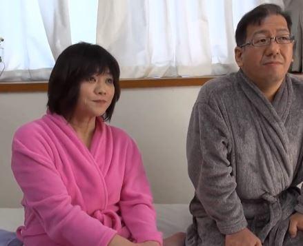 【人妻動画】シロウトダンナ婦の初めてのアダルトビデオ収録☆新たなブレイで夜の営みに刺激が欲しいです