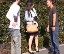 【人妻動画】《奥さんキャッチ》プロのハメ師の話術に乗せられたシロウトヨメさんが完堕ちしてハメ倒される