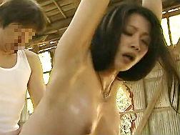 【ヘンリー塚本】感電SEXにはまる変態奥さん