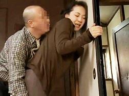 【ヘンリー塚本】不本意な性交渉でイカされた主婦大沢萌