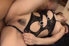 lingerie1103-06-1.jpg