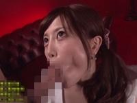 榊梨々亜 手を一切使わないノーハンドフェラで肉棒をしゃぶり、ドロドロ濃厚ザーメンを大量顔射されちゃうエロお姉さん!