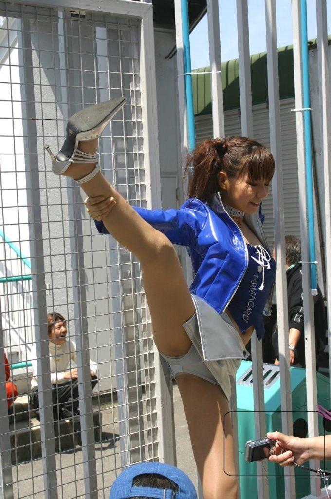【パンチラエロ画像207枚】キャンギャルやレースクイーンのエロすぎるパンチラやおっぱい画像まとめ【日本版】