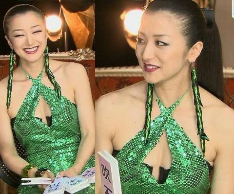 【エロ画像54枚】鈴木京香の円熟したおっぱいとパンチラと濡れ場を総まとめ