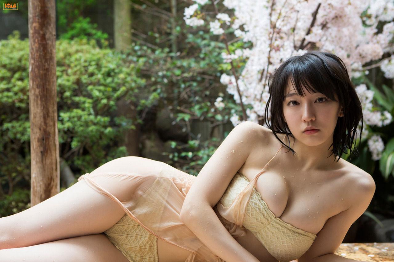 【エロ画像89枚】吉岡里帆が美人過ぎる巨乳女優で「乳首ポロリ&パンチラ」してくれた総まとめ【永久保存版】
