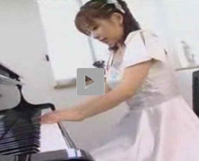 【紋舞らん】発表会前の練習中にチンコムズムズする、ふたなり・両性具有のピアニストを見に行く