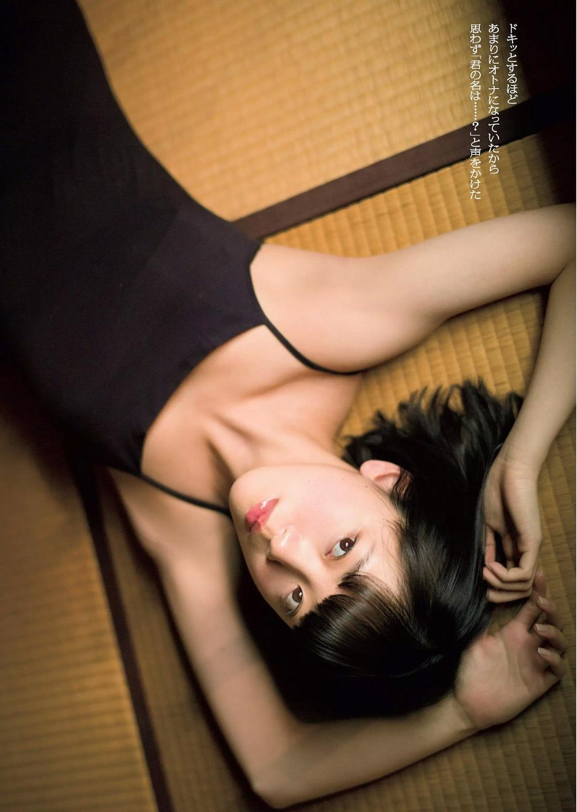 堀未央奈 乃木坂46堀ちゃんのうっすら谷間&色白太ももセクシー画像