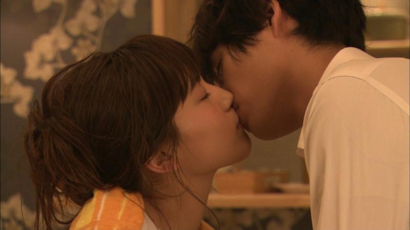 愛してたって、秘密はある。