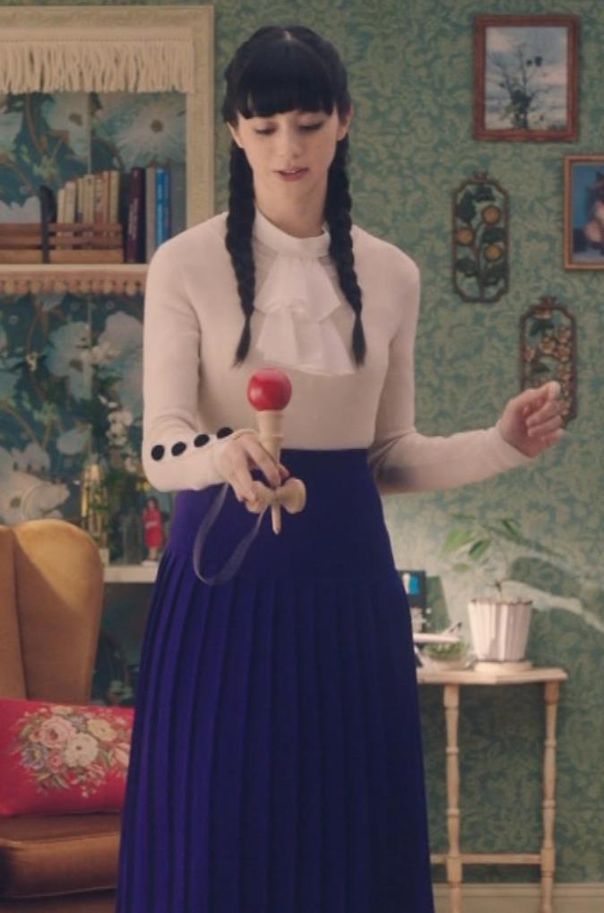 中条あやみ 体にぴったりの服でけん玉するCMがエロいキャプ画像(エロ・アイコラ画像)