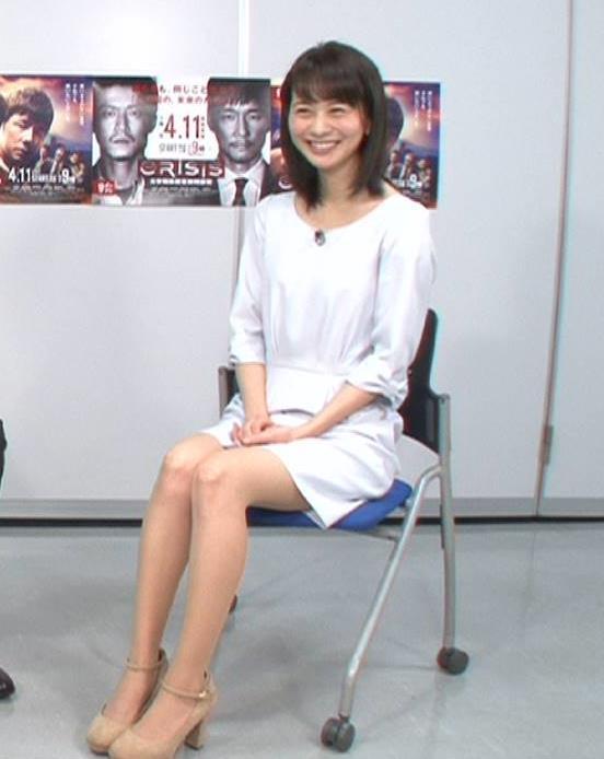 高見侑里 ミニスカで座って太ももチラリ (20170409)キャプ画像(エロ・アイコラ画像)