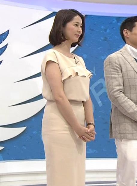 杉浦友紀 暖かくなってきて女子アナも腕を出してくれるようになってきたキャプ画像(エロ・アイコラ画像)