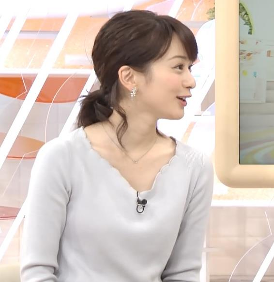 高見侑里 きれいな白い肌の胸元キャプ画像(エロ・アイコラ画像)