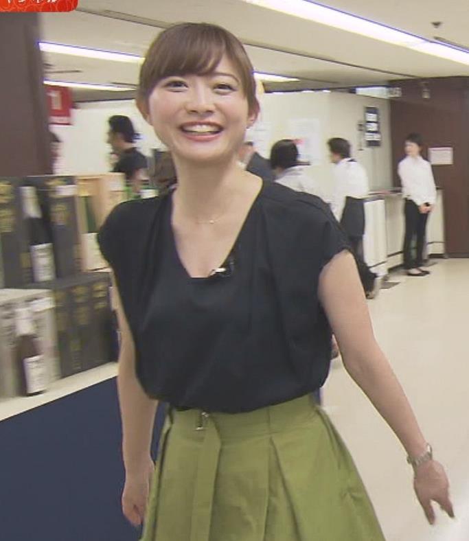 久冨慶子 胸元が緩めの服キャプ画像(エロ・アイコラ画像)