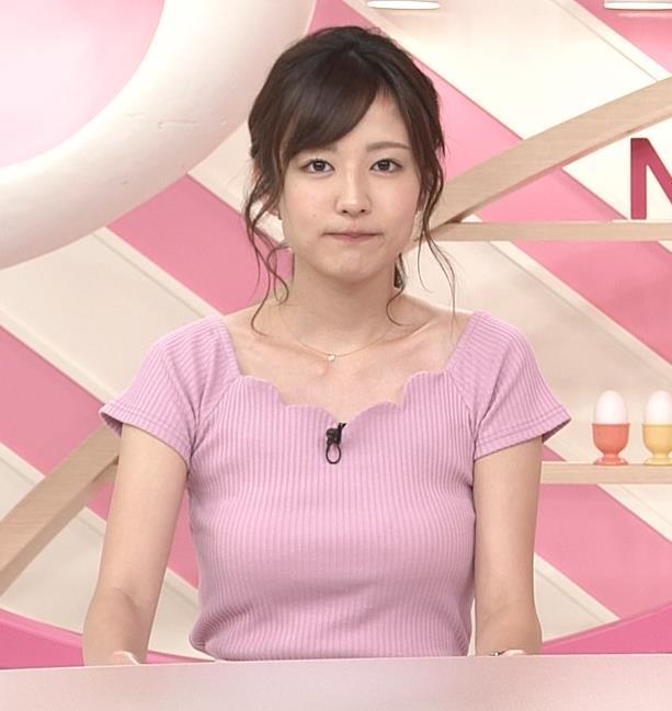 滝菜月 日テレ若手アナのおっぱい強調キャプ画像(エロ・アイコラ画像)