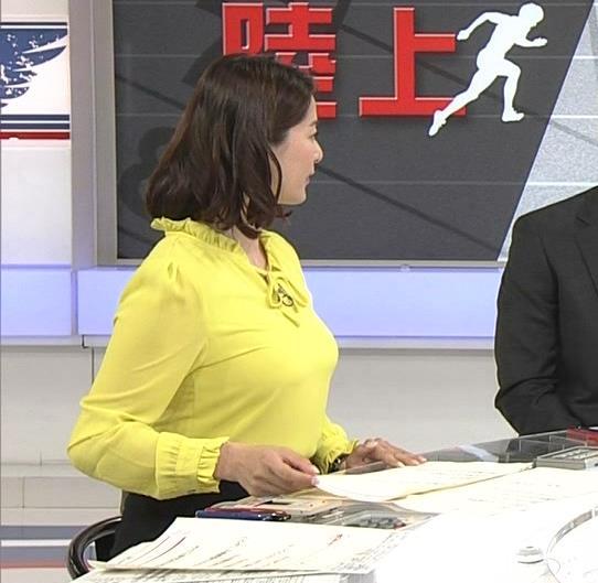 杉浦友紀 爆乳の胸を張るキャプ画像(エロ・アイコラ画像)